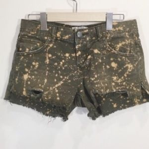 Free People Cutoffs Denim Shorts Bleach Sz 26